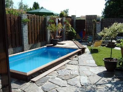 Kleine tuin geen probleem aquapoint - Klein zwembad in de kleine tuin ...